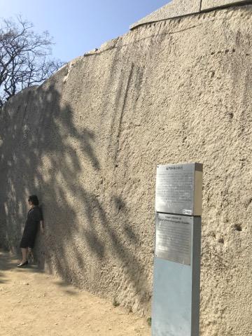 桜門枡形の巨石