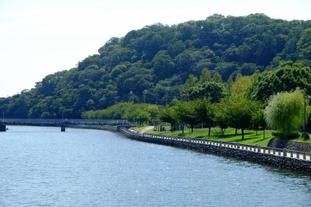 国立附属中学校 徳島中央公園